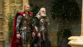 Thor The Dark World (2013) HD Wallpaper