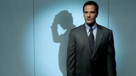 White Collar Tim DeKay