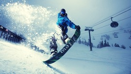 Skiing Photo