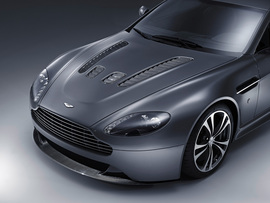 2010 Aston Martin V12 Vantage Wallpaper