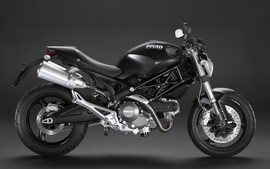 Ducati Monster 696 Wallpaper