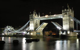 London Bridge Night
