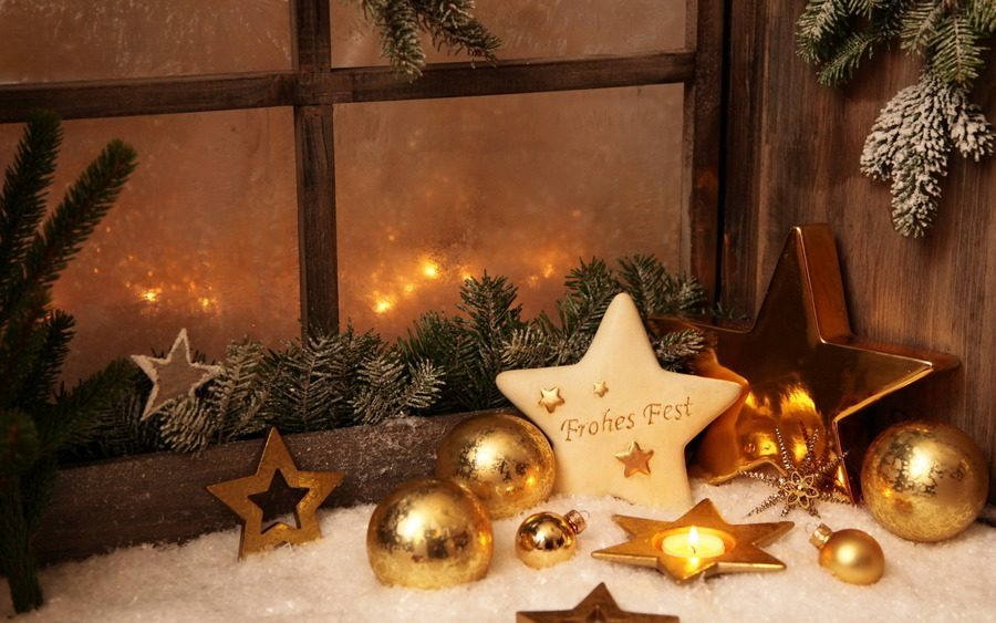 Christmas Decorations WideScreen