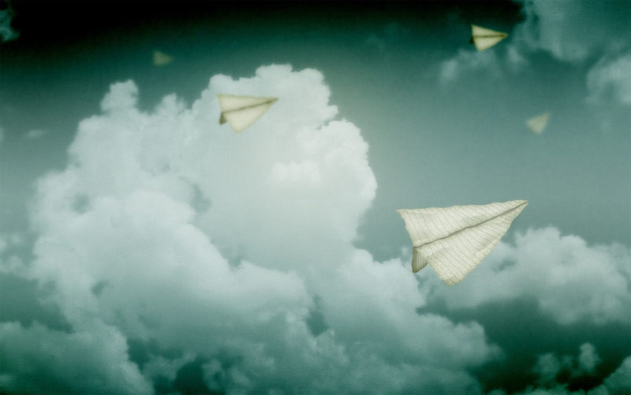 Paper Airplanes Wallpappers