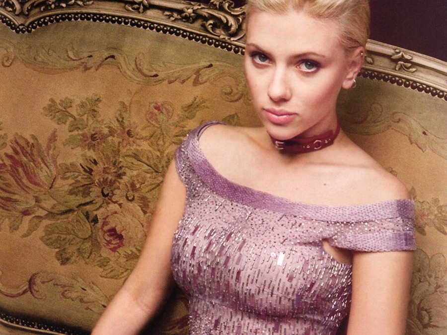 Scarlett johansson very young apologise, but