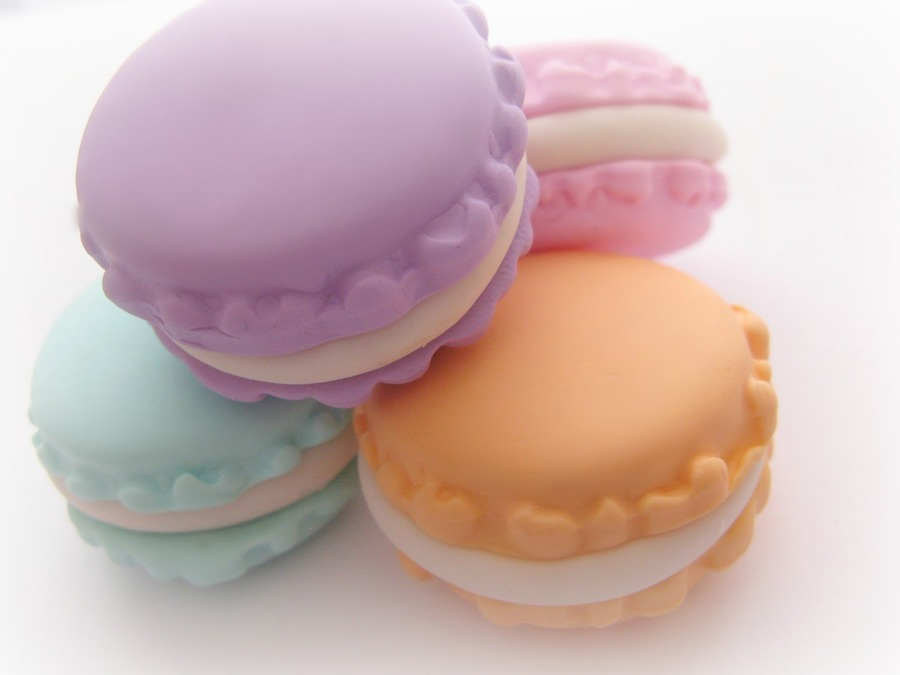 Macarons Desktop Wallpapers