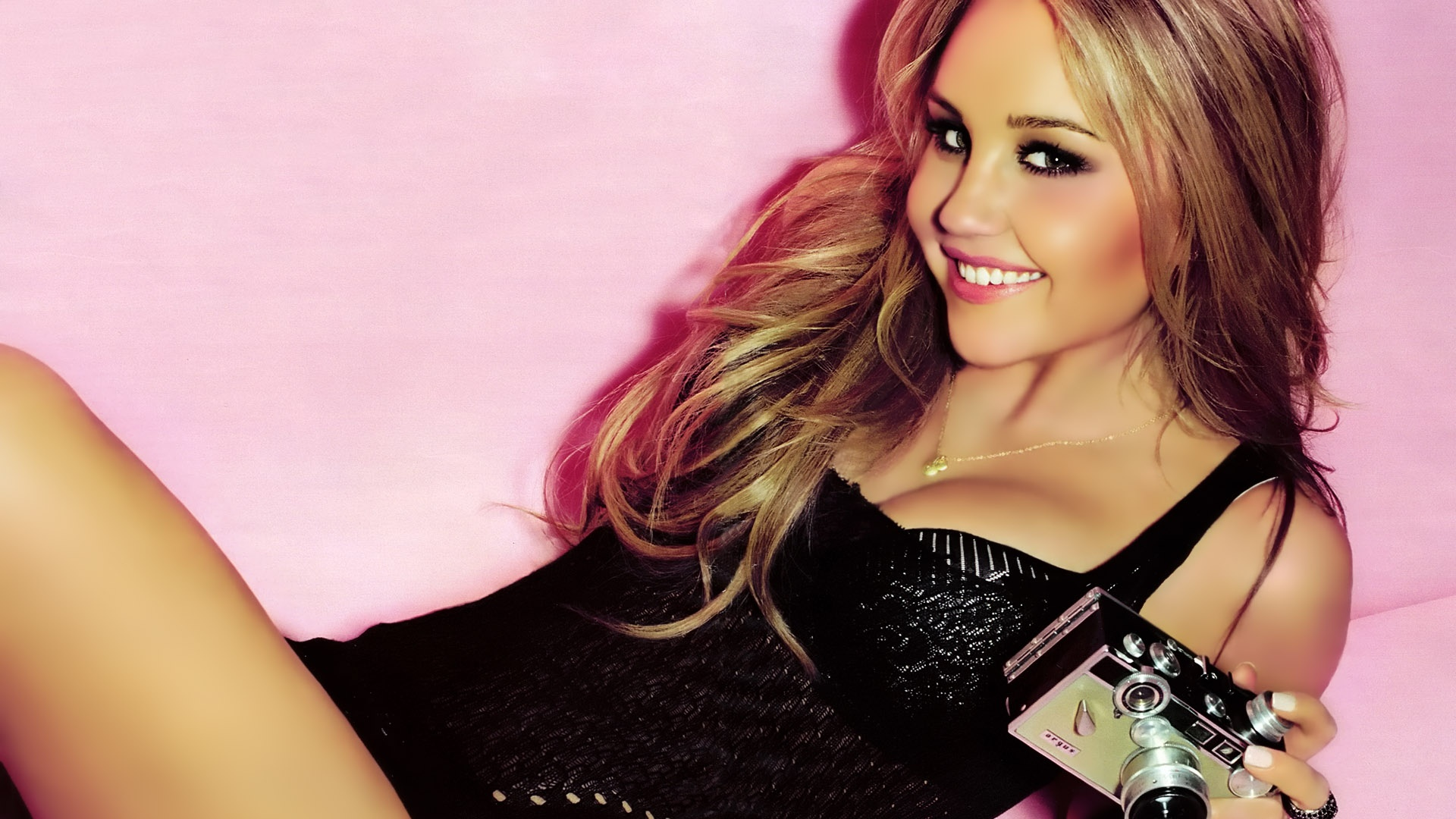 Definition quality wallpapers of amanda bynes 2013 cool hd wallpaper